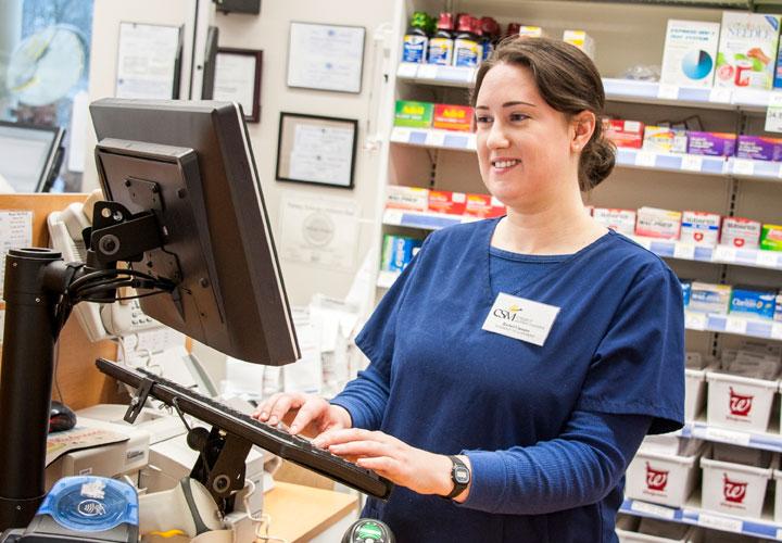 Blog Archive Should you Attend Pharmacy Technician School in 2017?
